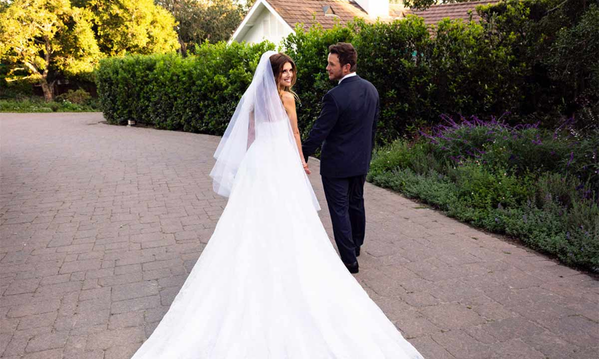 Katherine-Schwarzenegger-Chris-Pratt-wedding-dress