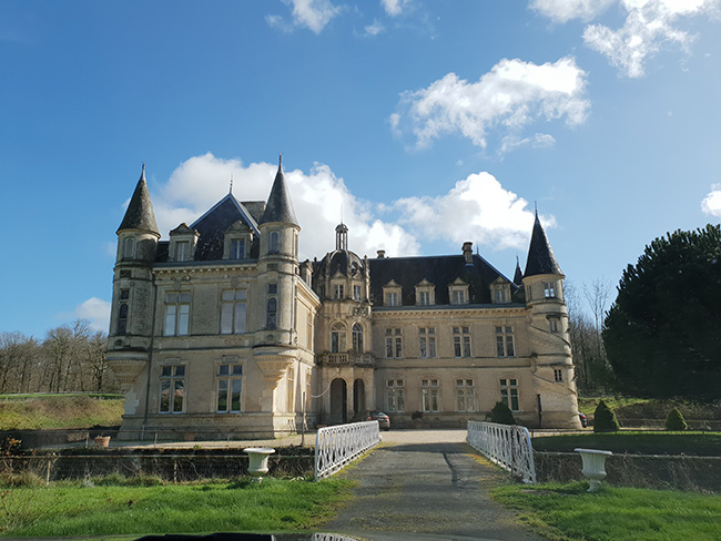 Escape-to-the-Chateau-castle