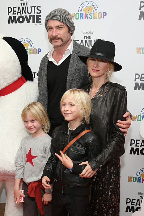 naomi-watts-family