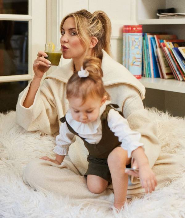 kate-hudson-daughter-inbloom