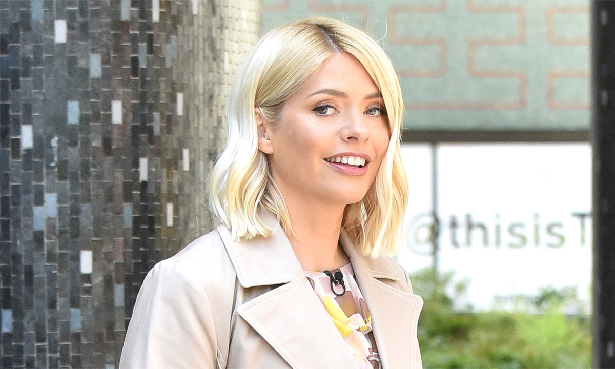 holly-willoughby-this-morning-fashion