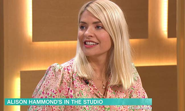 holly-willoughby-pink-dress-monday-this-morning