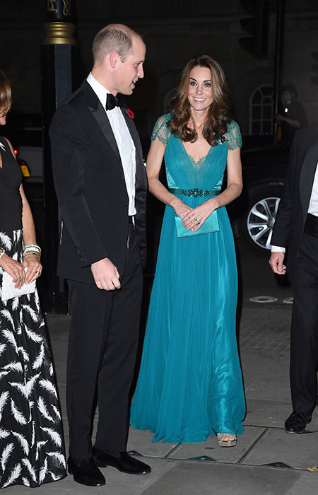 Prince-William-Kate-tusk