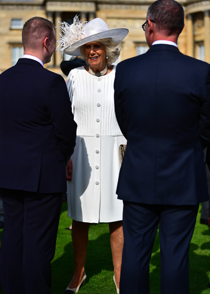 camilla at buckingham palace garden party