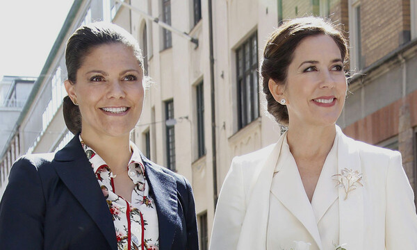 crown-princess-mary-and-victoria