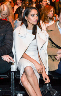 meghan-markle-front-row-fashion-week