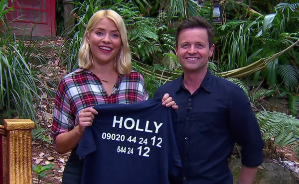 holly-and-dec-on-im-a-celebrity