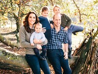 cambridges christmas card 2018