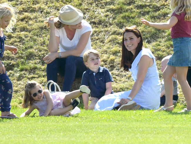 kate-middleton-with-children-at-polo